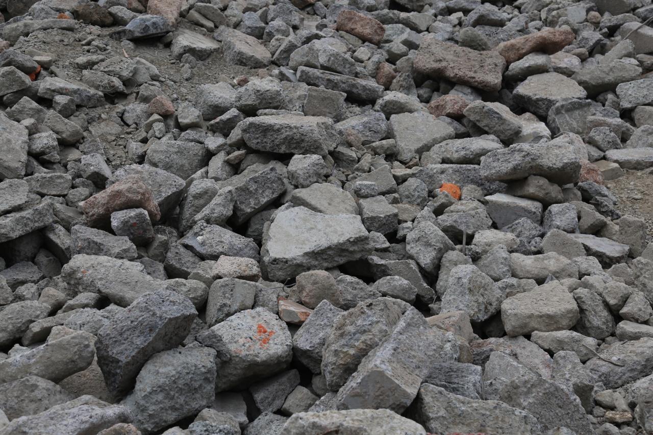 concrete_pile_0S5A0101